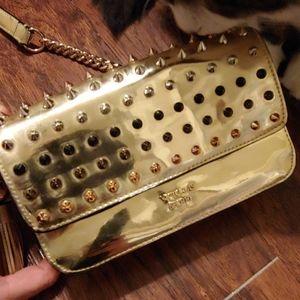 Spike purse